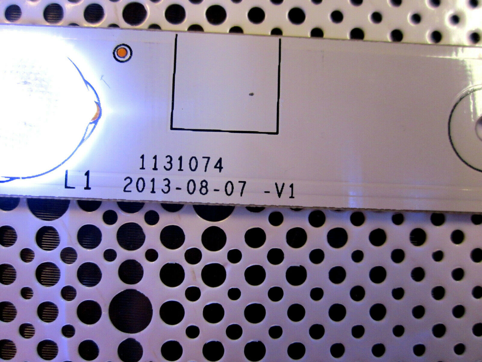 "Insignia 48"" OEM HE4BLPZLGZ3065104447 LED Strip for NS-48510NA15"