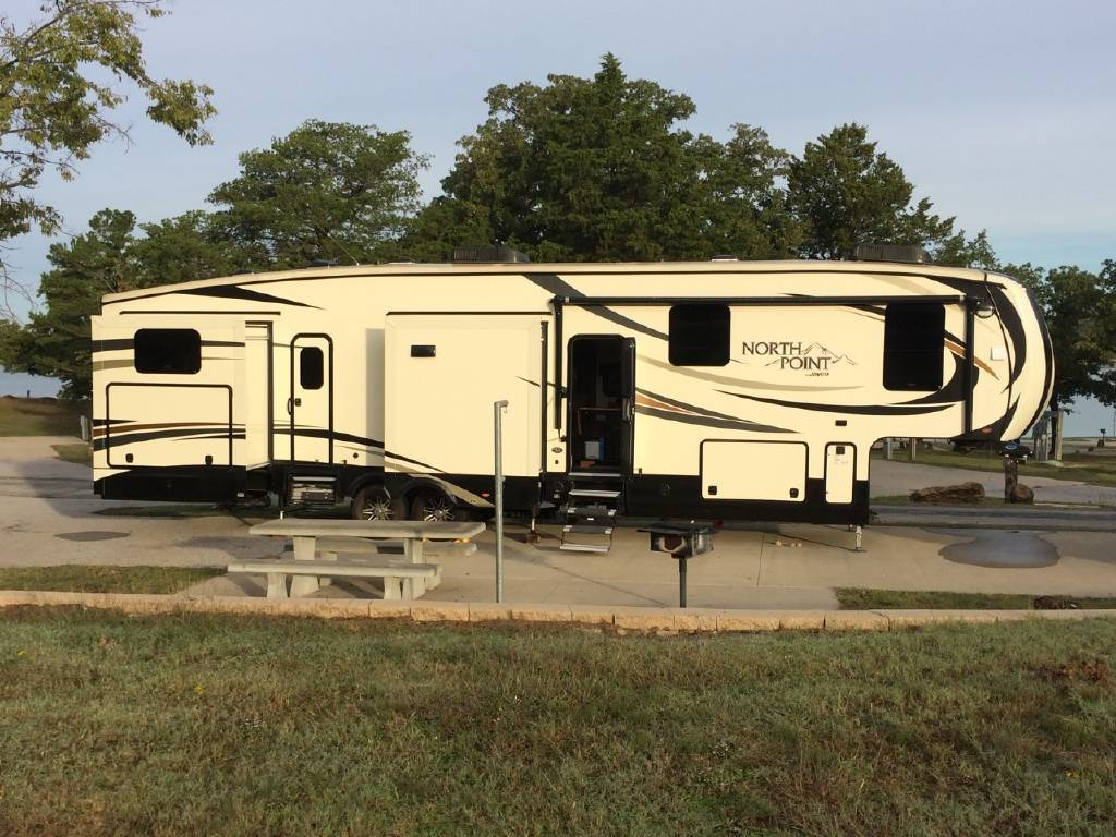 2017 JAYCO NORTH POINT 375BHFS FOR SALE IN ADA, OK 74820