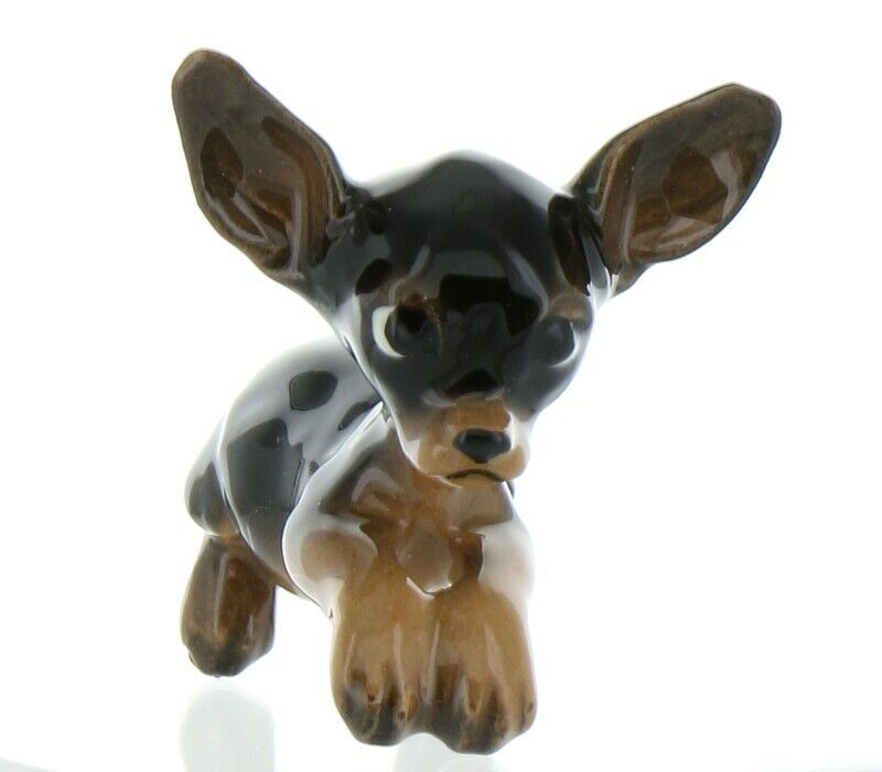 Hagen Renaker Pedigree Dog Chihuahua Begging Black and Tan Ceramic Figurine