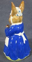 Royal Doulton Mrs Bunnykins Clean Sweep DB6 England Vintage Retired Earthenware image 4
