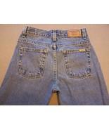 Women's Levi Strauss signature jeans 12 reg, 28 x 27 Boot cut 100% cotton - $6.50