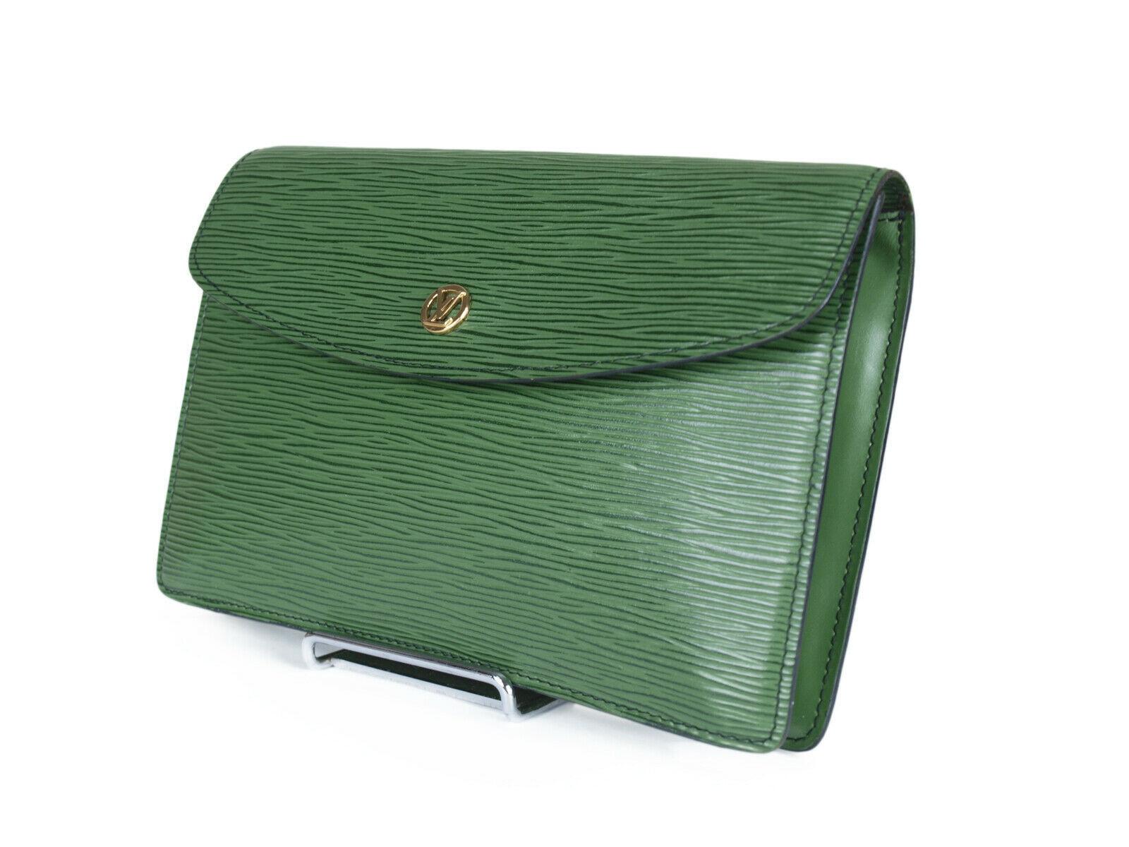 LOUIS VUITTON Montaigne Epi Green Pochette Clutch Bag LP3014 - $269.00
