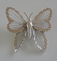 Vintage Signed Monet Spinerette Filigree Butterfly Silver Tone Brooch - $6.65