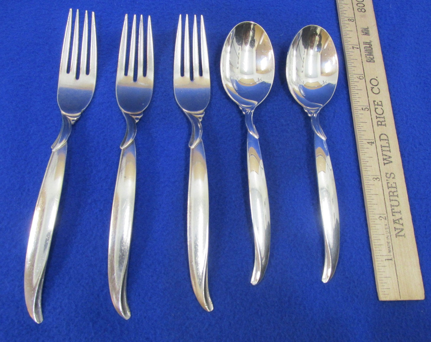5 Vintage 1847 Rogers Silver Plate Flair Pattern Flatware 3 Forks 2 Tablespoons - $19.79