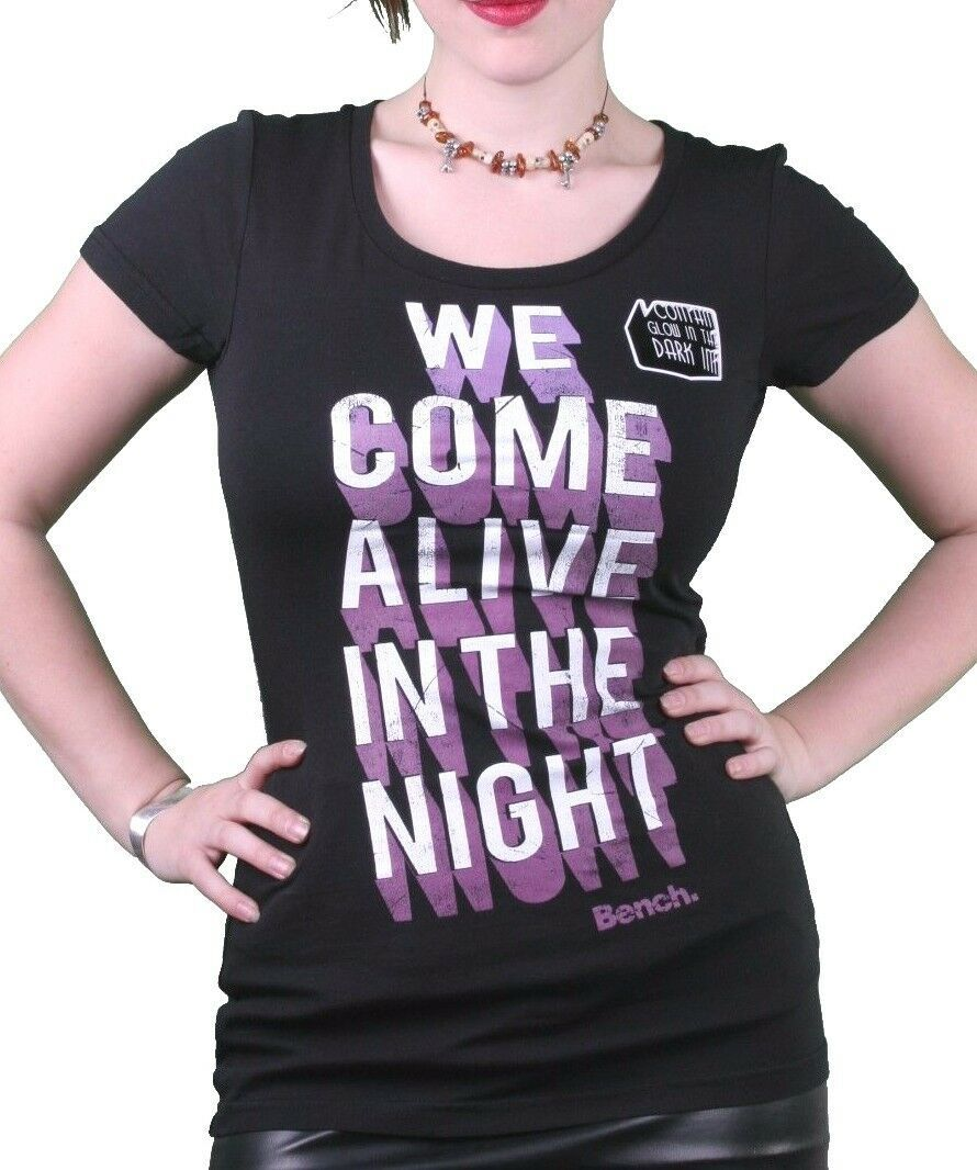 Bench UK Femmes Noir Nocturne Brille dans le Viennent Vivant À Nuit T-Shirt Nwt
