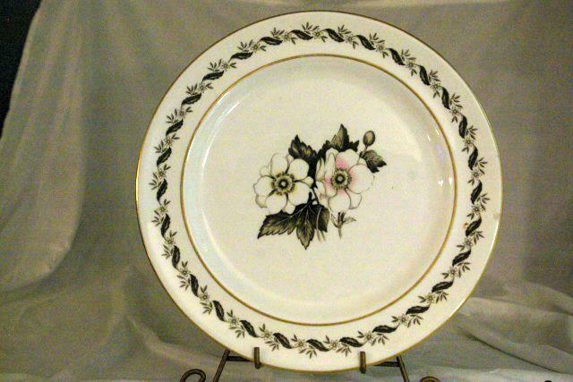 "Royal Worcester 1986 Bernina Round Platter Chop Plate 12"""