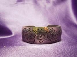 Jonquil Kirk Pewter Floral Cuff Bracelet Daffodils 900-3 Designer Signed - $24.75