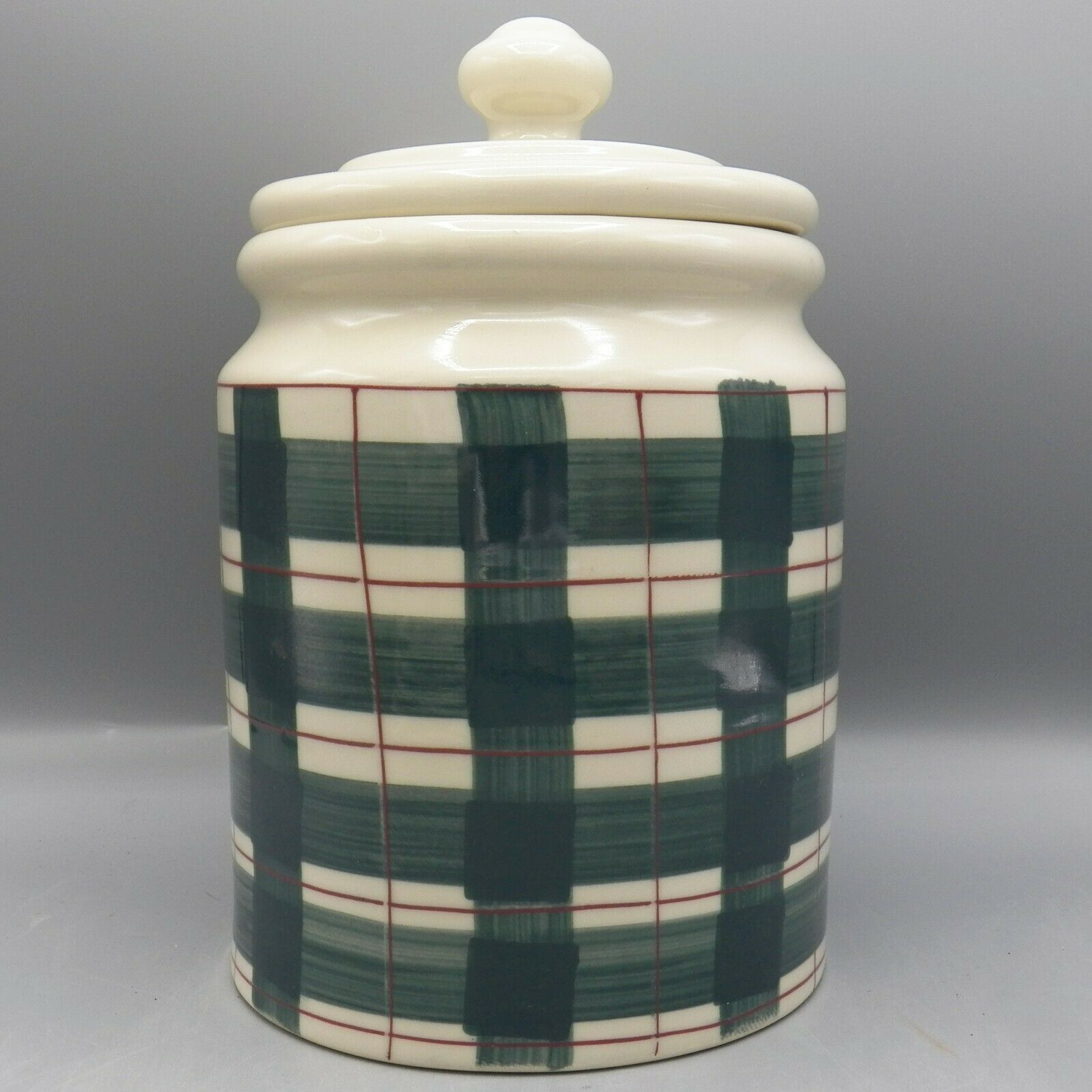 Hartstone Buffalo Check Canister XL 5 lb Green Red Plaid Farmhouse Gingerbread