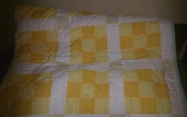 """Handmade machine Quilted oversized Queen 75""""x82"""" Yellow/White/Mint Green - $118.99"""