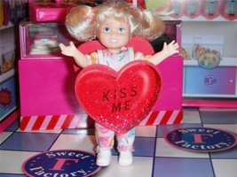 Kelly Valentines Conversation Heart Costume Fit Fisher Price Loving Family Dolls - $10.88