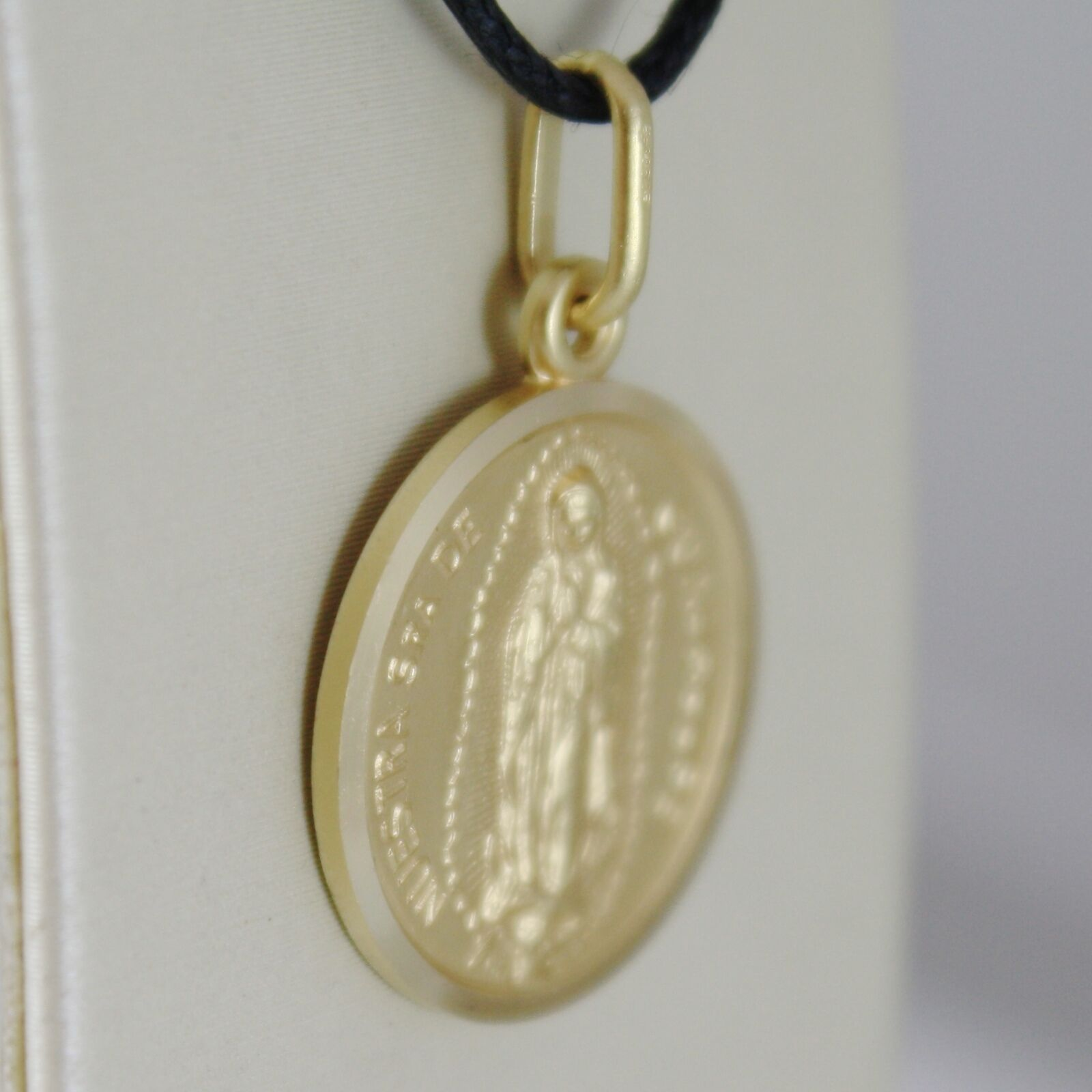 SOLID 18K YELLOW GOLD LADY OF GUADALUPE 17 MM ROUND MEDAL, MADE IN ITALY