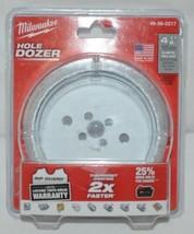 Milwaukee 49560217 Bi Metal Hole Saw Hole Dozer 4-1/8 Inch image 1