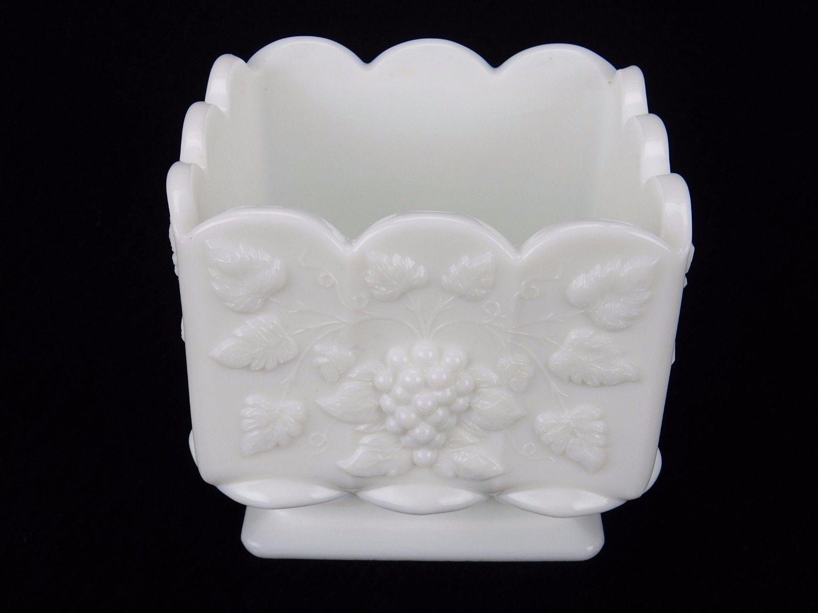 Primary image for Vintage Westmoreland Raised Grape Panel White Milk Glass Square Nut / Candy Dish