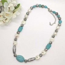 """Vintage Beaded Necklace Costume Jewelry Turquoise Robins Egg Pendant Clasp 18"""" - $9.49"""