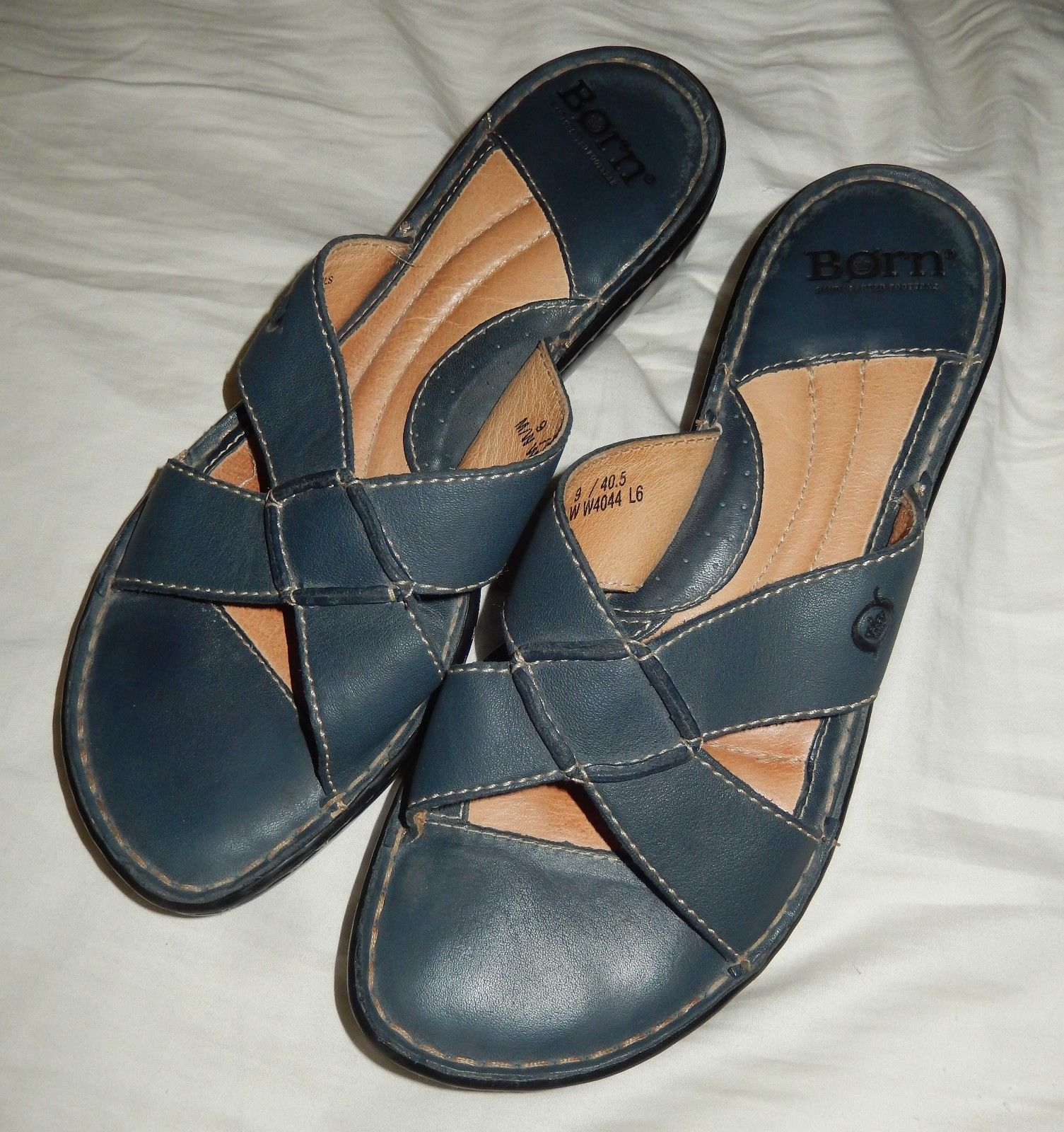 d715adeef338 57. 57. Previous. BORN Black Leather Wedge Sandals Slides Women s Size 9  Med · BORN Black Leather ...