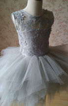 Gray Flower Girl Dress Gray Tulle/Lace Knee-Length Girl's Princess Dress NWT image 5