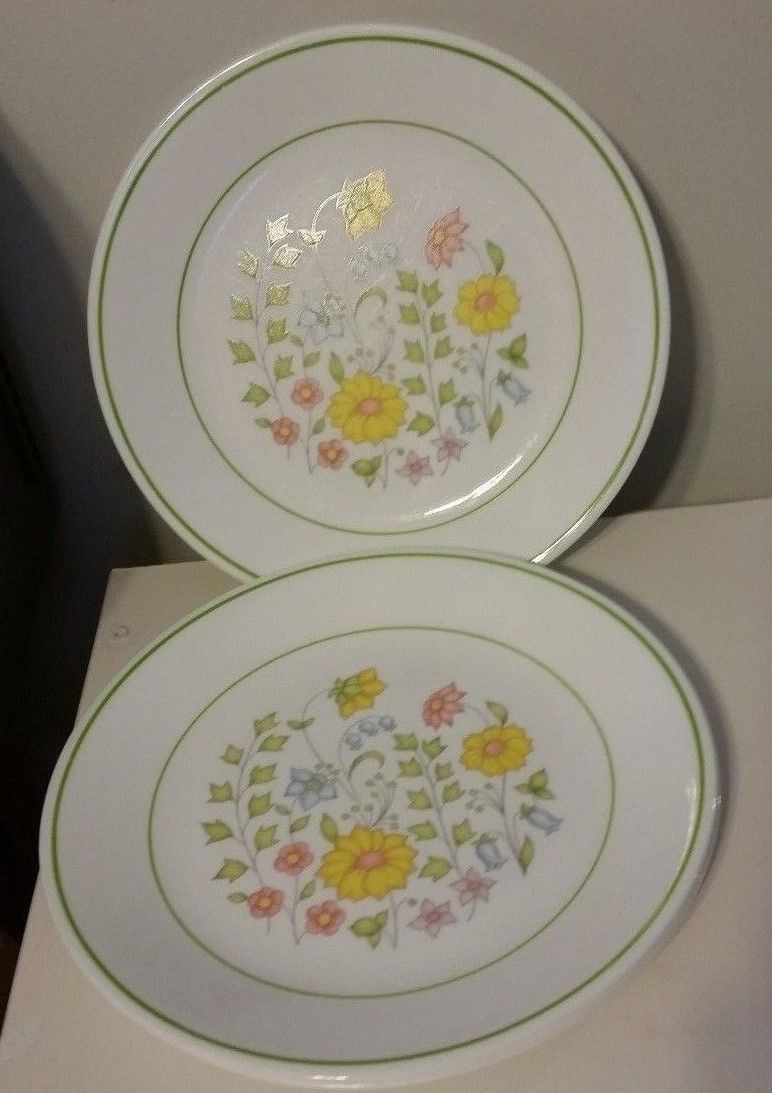Corelle 4 Meadow Sandwich Plates 8 1/2\