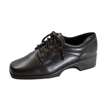 24 HOUR COMFORT Cherie Women's Wide Width Leather Lace-Up Oxford Shoes - $49.95