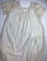 vintage Val Mode 100% nylon sweep bottom Ivory White Robe night gown Sz ... - $45.73