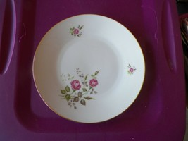 Hutschenreuther dinner plate (HUT115) 4 available - $3.91