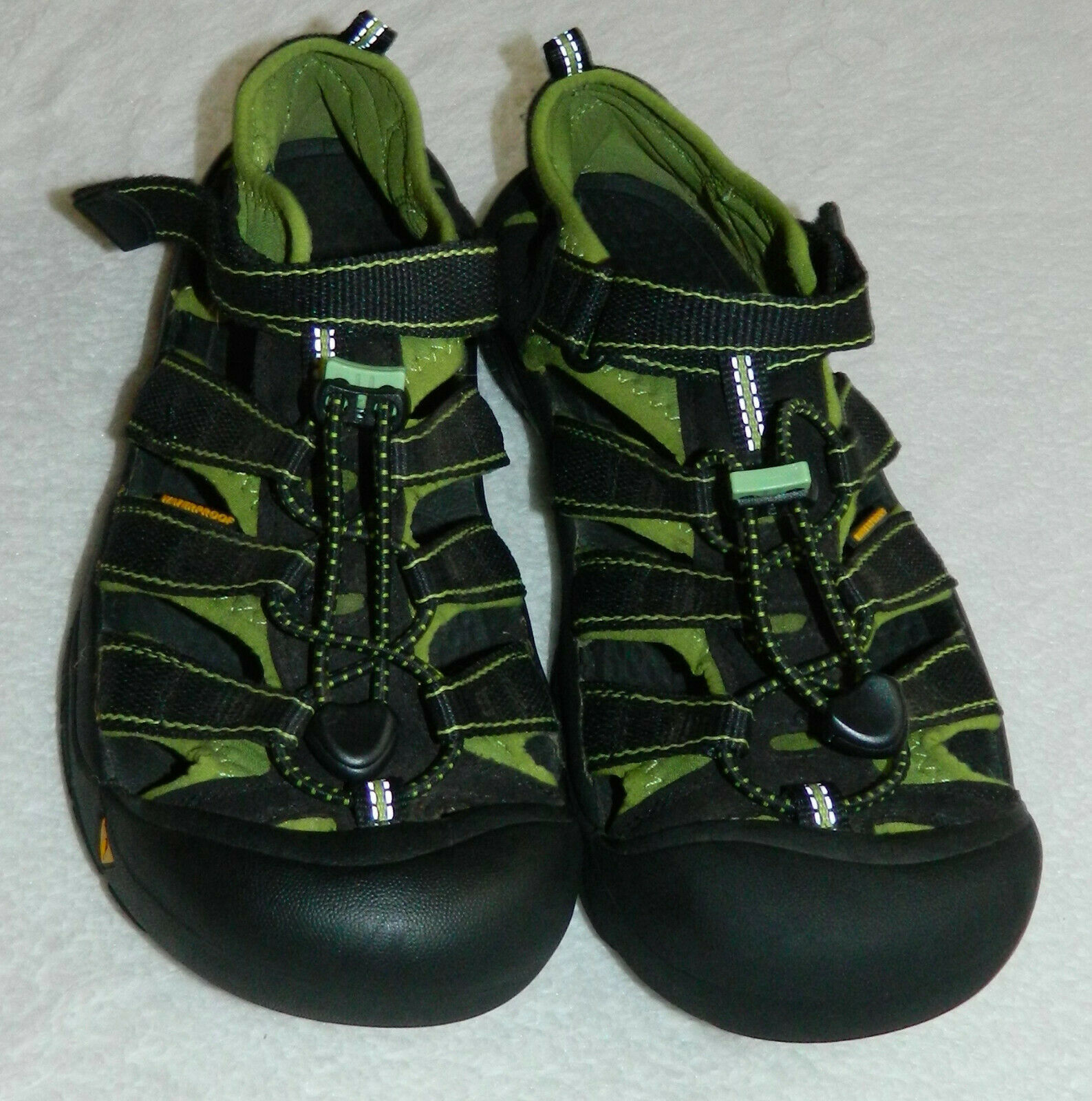 Keen Newport Sport Sandals Shoes Womens 6 Waterproof Hiking Outdoors Green   r