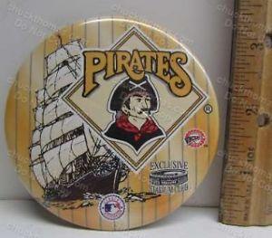 Pirates Baseball TWO ORIGINAL Pinback Pins 3 Rivers Stadium and '79 World Champs