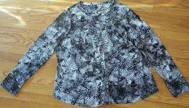 Womens DANA BUCHMAN Black & White stretch blouse Shirt Top Plus Size 1X EUC - $12.86