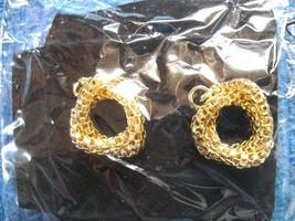 New Old Stock Vintage Avon Silver Tone Mesh Drop Dangle Earrings In Orig Box - $10.99
