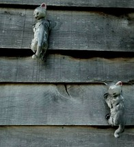 "Cat Tree/Wall Climbers Ceramic 2 Pc Set 11"" x 3 1/2"" Gray and White - $27.72"