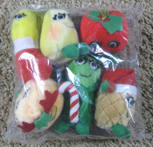 Del Monte Yumkins 6 Plush Christmas Ornament Set 1991 New in Package - $9.50