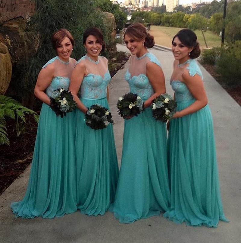 A mint green line vestido para criada de las novias de la gasa larga atractiva dama