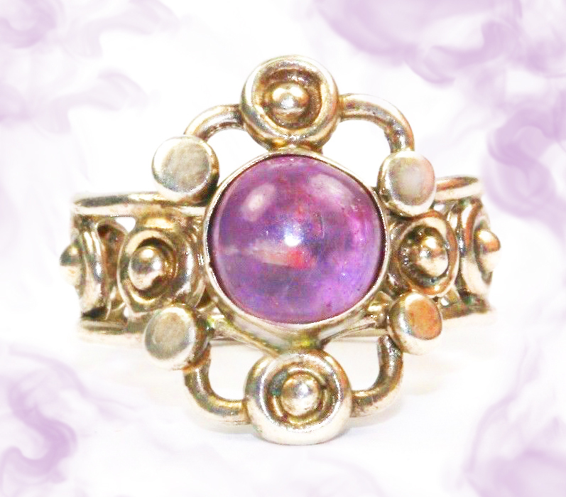 Amethyst queen haunted ring 1