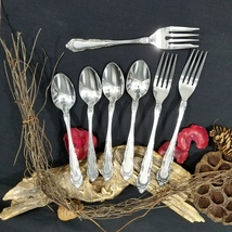 7 Pieces Patrician Pattern Stainless by Utica Stainless Burnished Handle - $28.00