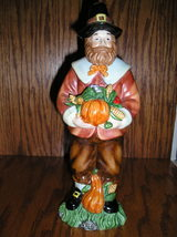 Thanksgiving Pilgrim Man Holding A Pumpkin, Corn And Grapes. Very Detailed. - $20.99