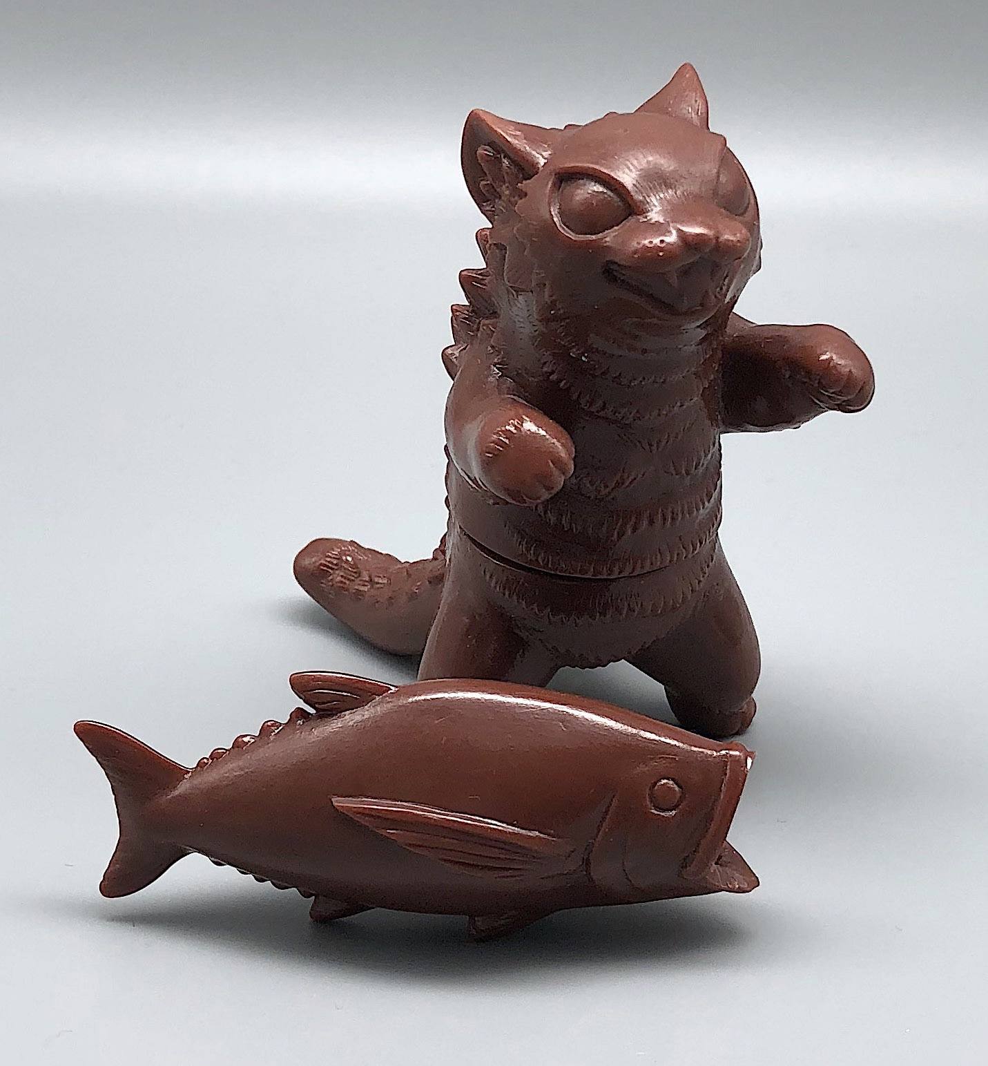 Max Toy Brown Unpainted Negora w/ Fish