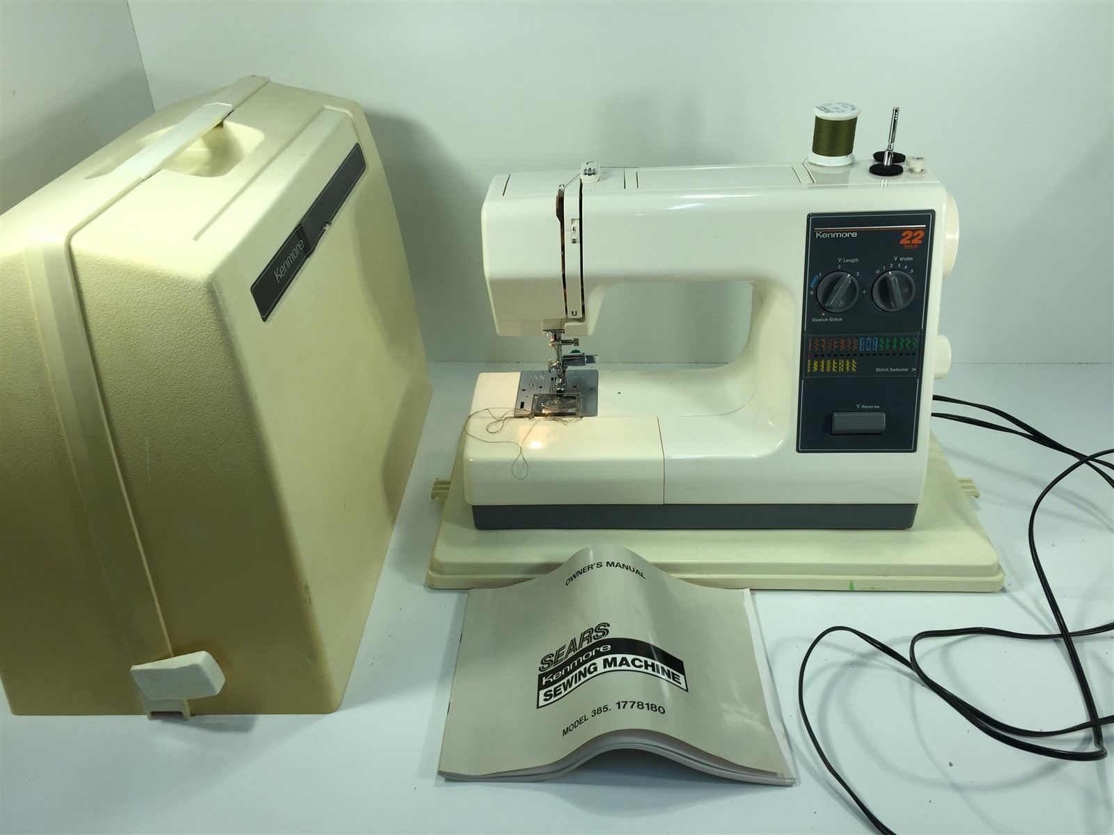 Vintage Kenmore 385.1778180 22 Stitch Sewing Machine With Manual & Case