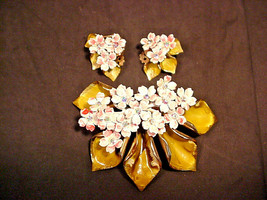 Vintage Flower Pin Matching Clip Earrings Hand Painted Enamel Rhinestone... - $24.26