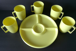 SIX Vintage Plastic Dishes Yellow Plates & Cups Picnic Camping Travel Ta... - €6,72 EUR