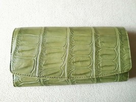 Genuine Crocodile Skin Leather Clutch Wallet Green Color - $288.07 CAD