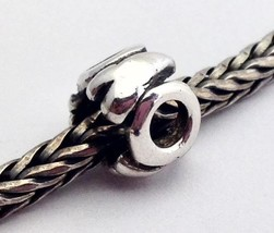 Authentic Trollbeads Sterling Silver Letter O Charm 11144O, New - $22.80