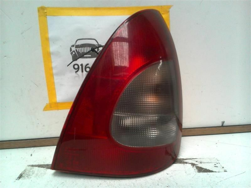 Primary image for Passenger Tail Light Station Wgn 5 Door Fits 00 NUBIRA 44331