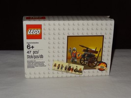 Lego 5004419 2016 Exclusive Classic Knights VIP Set NEW free shipping - $14.99