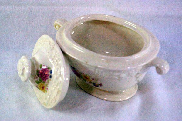 Homer Laughlin Floral TH6 M47N5 Covered Sugar Bowl image 2