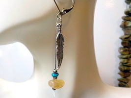 Golden Citrine & Turquoise Native American Paddle Pin Earrings - $160,78 MXN