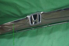 2010-11 Honda Insight Trunk Lid Garnish Trim Molding Finish Tag Lights - Chrome image 4