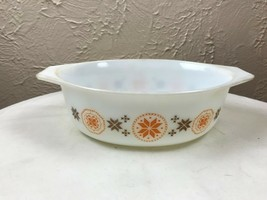 """PYREX OVAL 1-1/2"""" QT. CASSEROLE TOWN & COUNTRY BROWN & YELLOW NO LID 043 - $9.46"""
