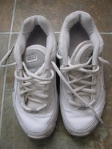 Nikewalk Women White Sneaker Walking Size 7.5 - $22.00