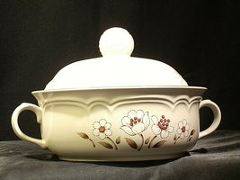 Stoneware Cumberland Mayblossom Tureen with lid by Hearthside AA-192035-G Vintag image 4