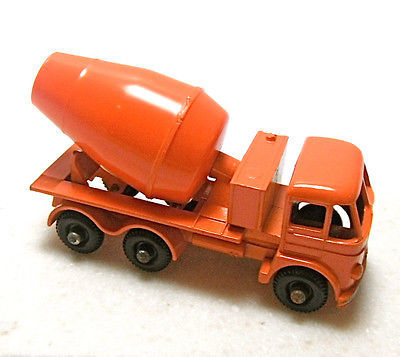 Vintage Matchbox Lesney Cement Lorry #26 Diecast Truck