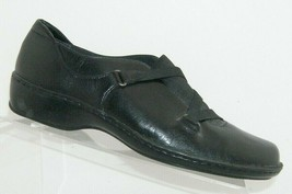 Clarks Artisan black leather round toe elastic 73194 strap comfort loafers 8.5M - $33.30
